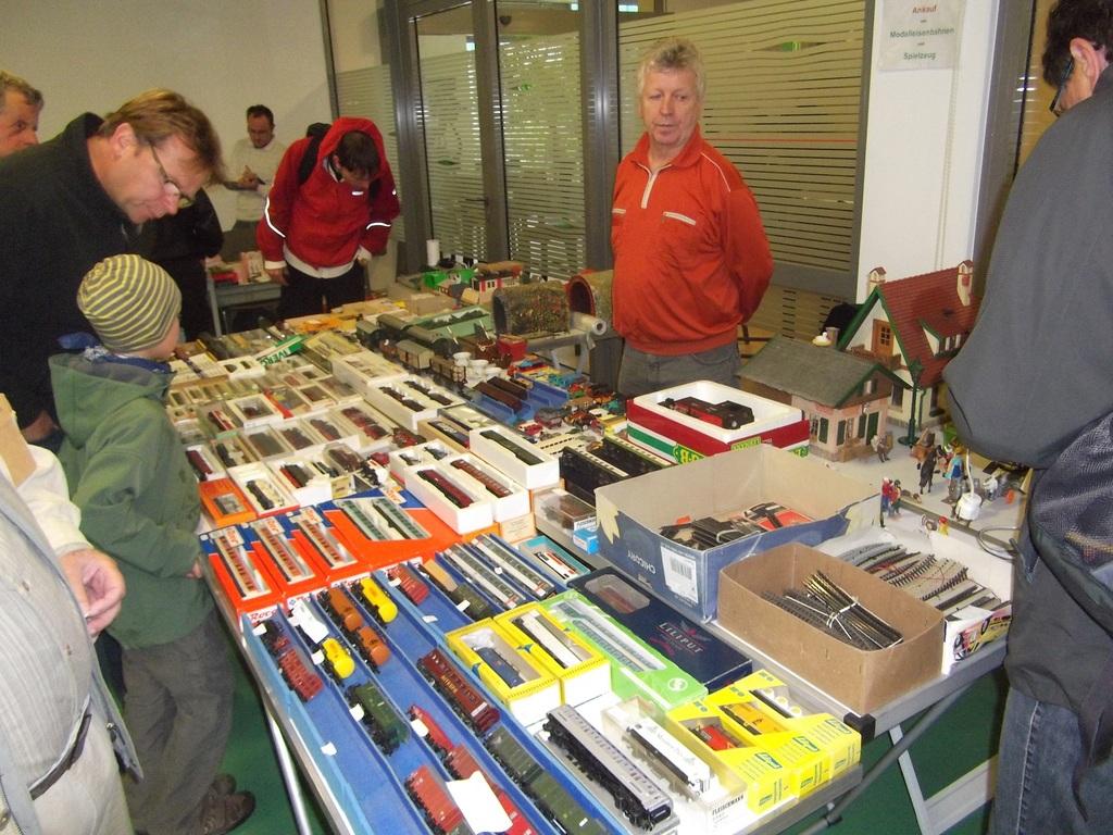 Spielzeug und Modelleisenbahnbörse im Haus der Presse in