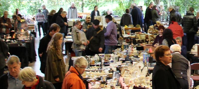 Antik- und Sammlermarkt Festhalle Eupen-Kettenis